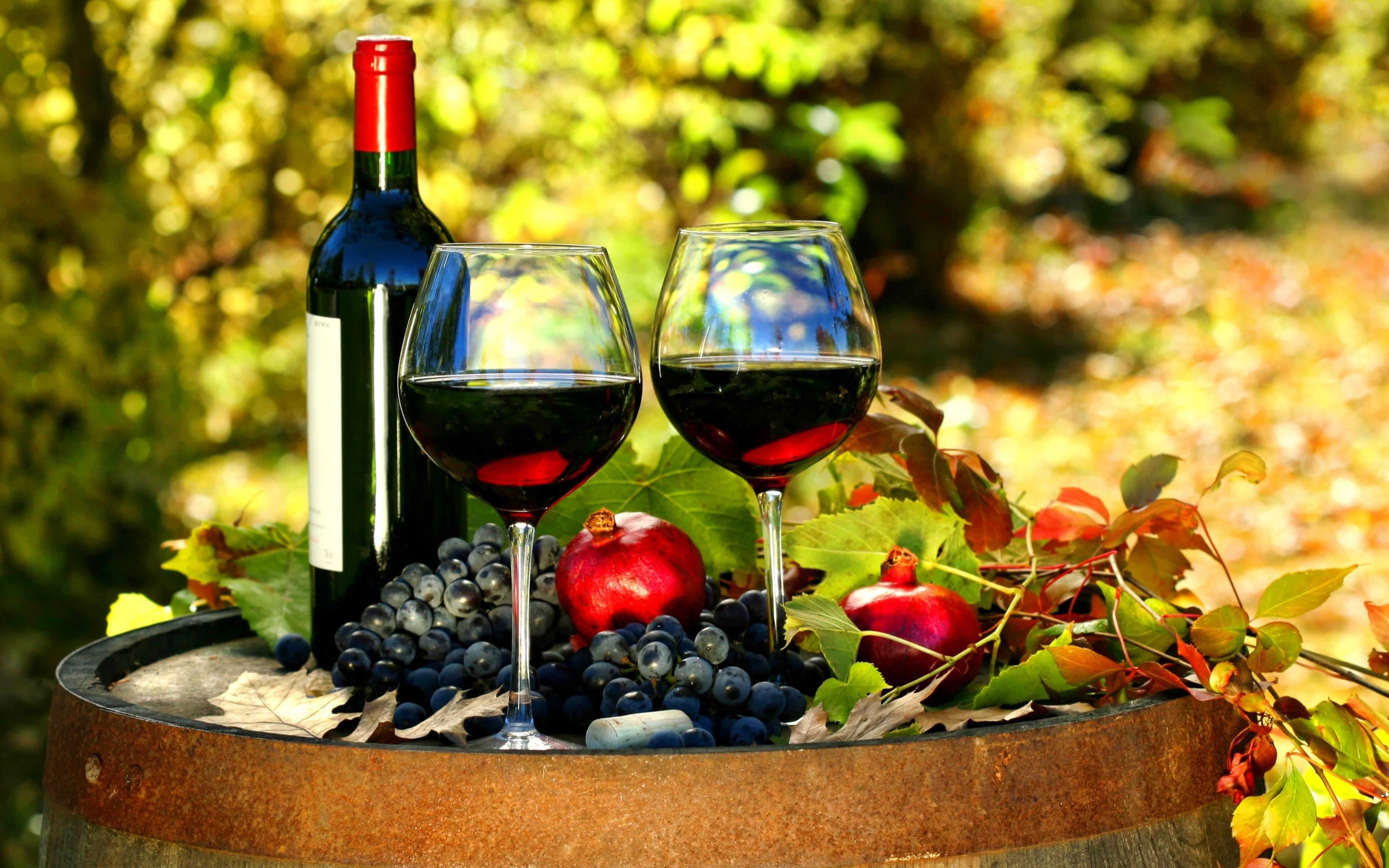 wine and pottery tour in Crete